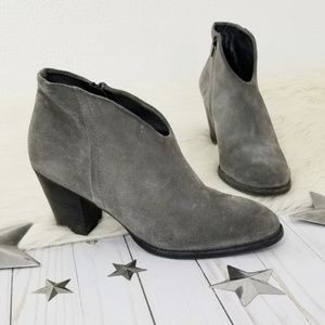 Paul Green Delgado gray suede ankle boots heeled 8